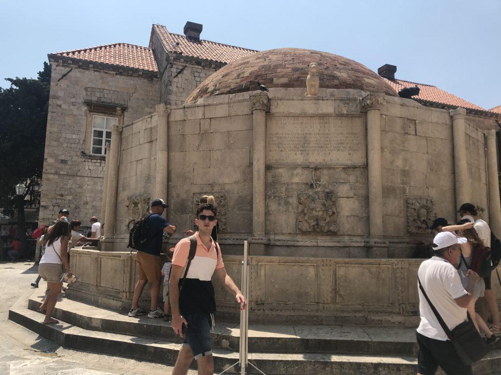 Dubrovnik Old Town - Onofrio Çeşmesi görünümü