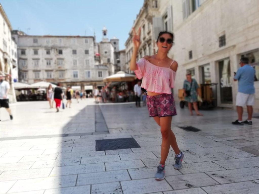 Hırvatistan gezisi esnasında Split Old Town meydanından bir görünüm